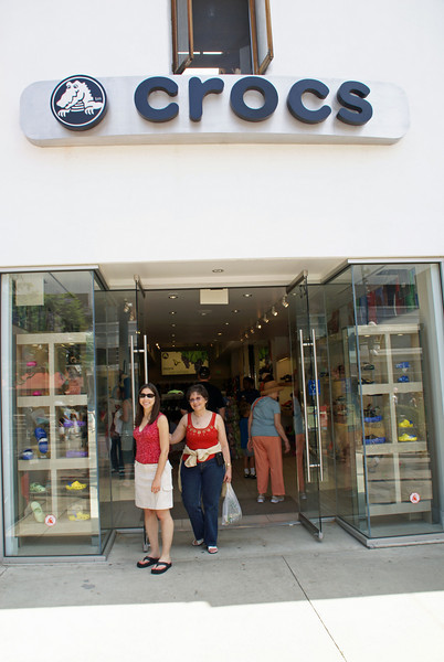 Judy and Lauren at Crocs store