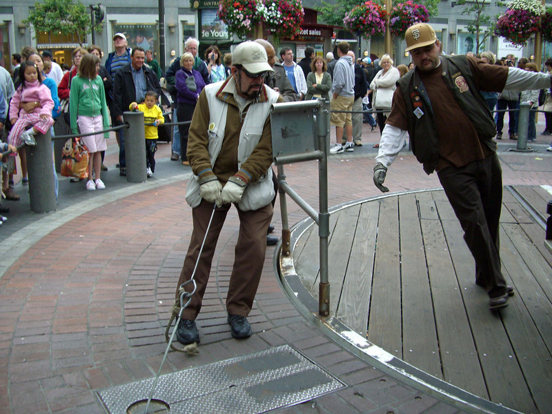 Another photo of turning the trolley at the end of the line in SF