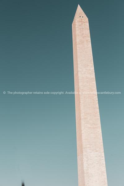 Washington Monument tall obelisk in National Mall Washington DC commorating George Washington.