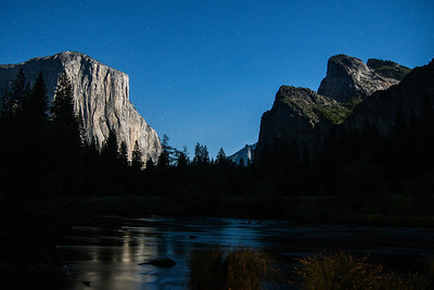 El Capitan and Cathedral rocks night stars