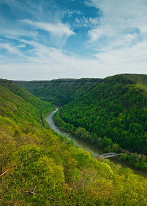 New river gorge bridge: Valley