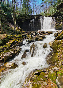 Upper Hill Creek Falls: Mid-falls