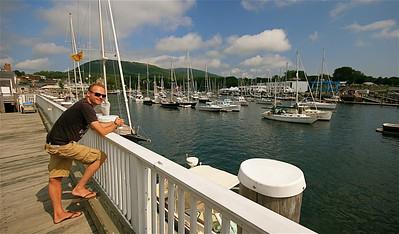 De haven van Camden met op de achtergrond de Camden Hills. Maine, New England, USA.
