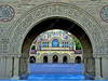USA - CA - Bay Area - Palo Alto - Stanford - Memorial Quadrangle - courtyard through arches