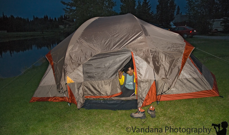 Retreat into the tent for a few hours of much-deserved sleep. Alarm's at 4am for the drive on the Dalton tommorow!!!
