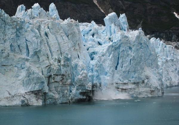 Calving begins at Margerie Glacier