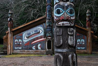 Blackfish Totem with Clan House, Ketchikan