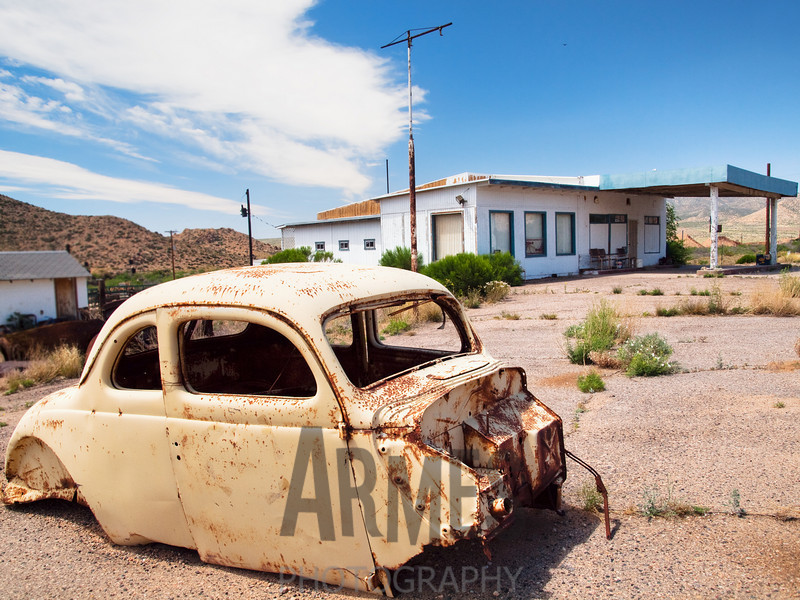 Abandoned gas station, Route 66, Valentine, Arizona, USA