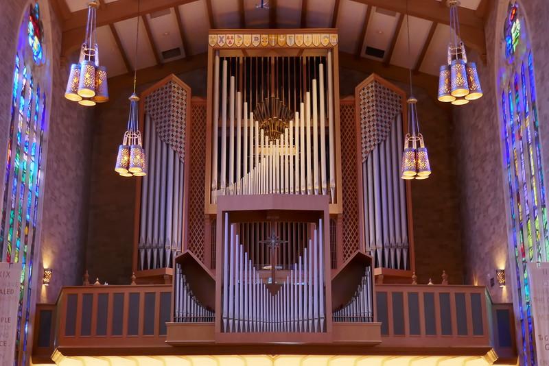 100-rank Aeolian-Skinner organ in Alice Millar Chapel