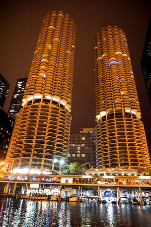 Marina City Twin Towers in Chicago, Illinois