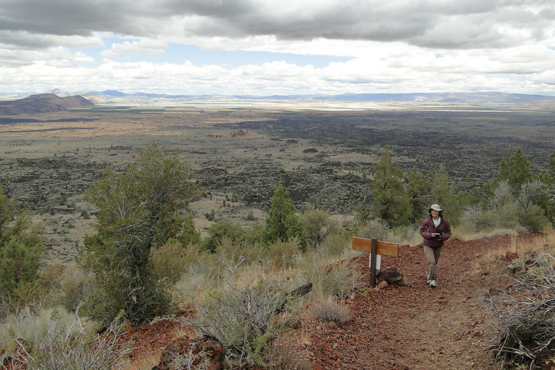 Schonchin Butte Trail.