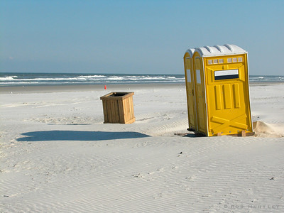Yellow outhouse on the beach near Saint Augustine, Florida © Rob Huntley
