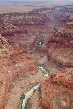Fly over the Grand Canyon: USA