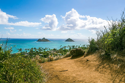 Lanikai Pillbox Hike on Oahu, Hawaii