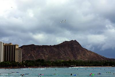 The Thunderbirds flying over Diamond Head, Waikiki Beach, Hawaii