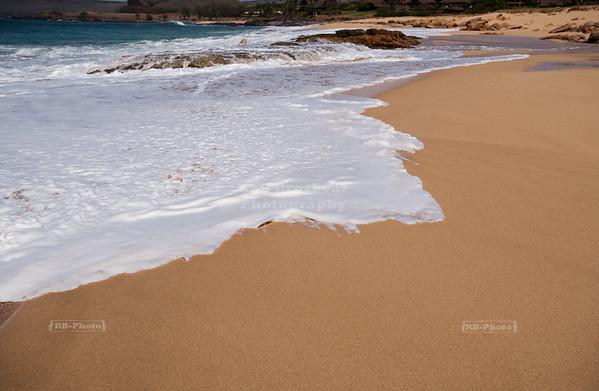 Gold-sanded Kepuhi Beach