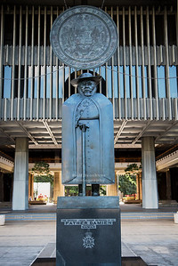 Father Damien Statue in Honolulu