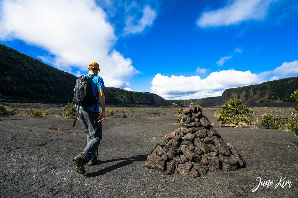 Follow ahu on Kilauea Iki Trail