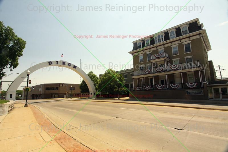 Veterans' Memorial Arch