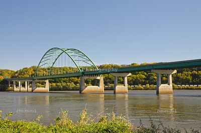 Dubuque - Wisconsin Bridge