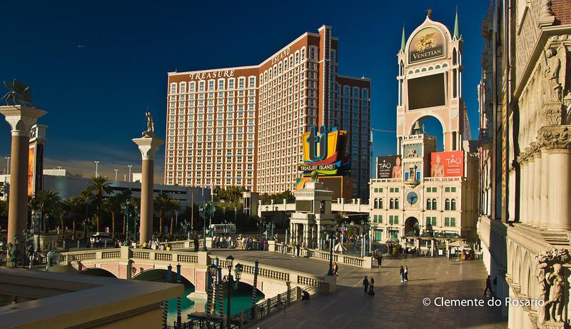 View of the Venetian &  Treasure Island Casinos, Las Vegas, USA