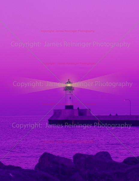 Duluth lighthouse at dusk
