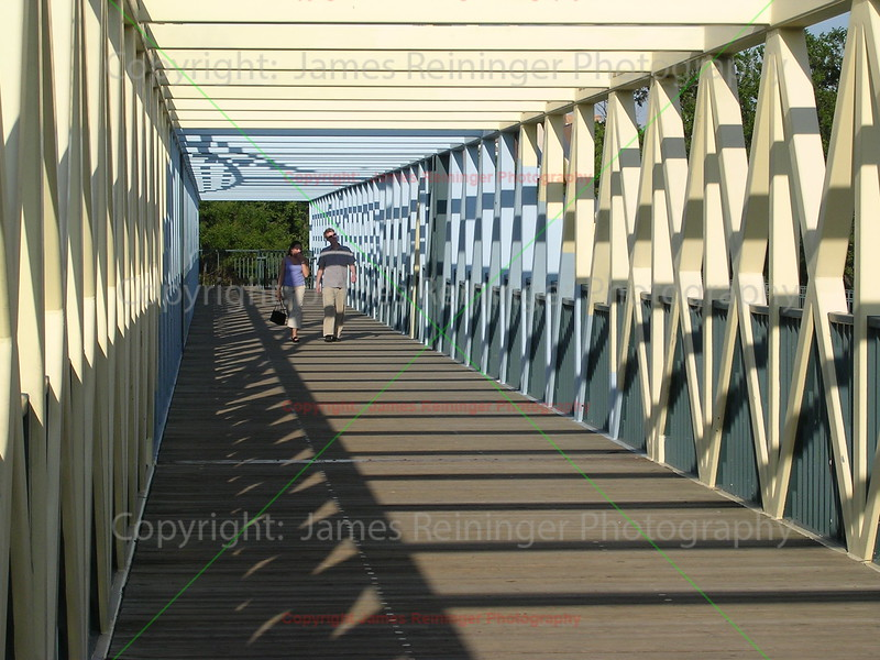 Lovers on Bridge