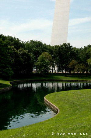 Pond and gardens near the Gateway Arch monument in St. Louis, Missouri.