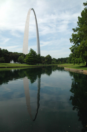 Gardens and pond near Gateway Arch monument in St. Louis, Missouri.