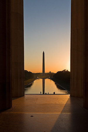 Sunrise at the Lincoln Memorial