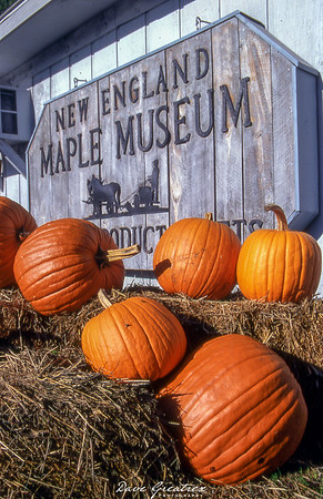 New England Maple Museum Sign