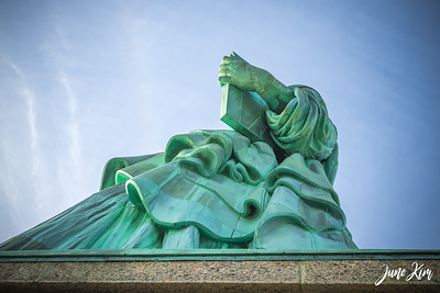 Statue of Liberty and her tabula ansata