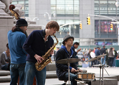 Street musicians in New York