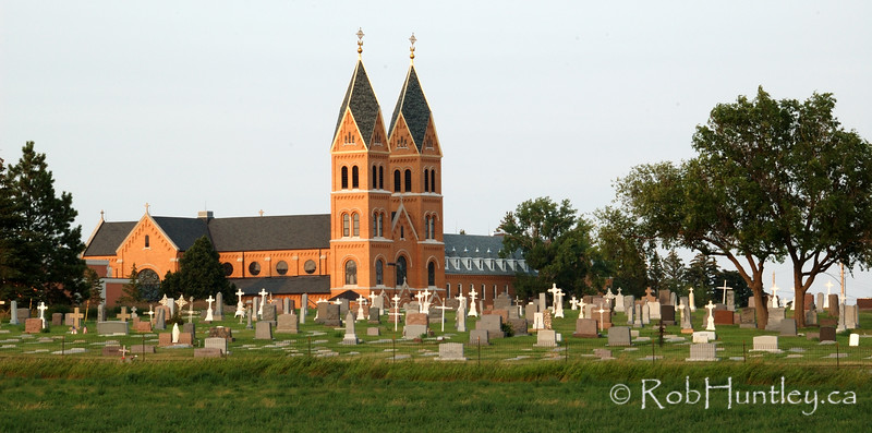 Assumption Abbey and cemetery in Richardton, North Dakota. © Rob Huntley