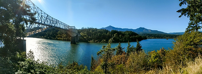 Bridge of the Gods in Cascade Locks, Oregon