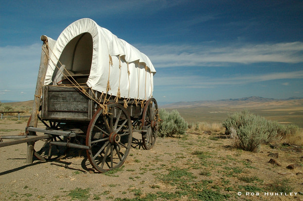 Covered Wagon typical of the days of the Oregon Trail, found at the Oregon Trail Interpretive Center near Baker City, Oregon. © Rob Huntley