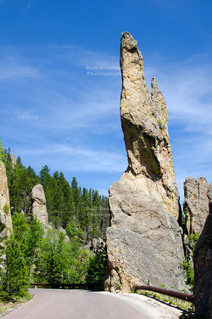 Interesting rock formations on Needles Highway Scenic Drive (SD Highway 87) in Custer State Park, South Dakota, USA