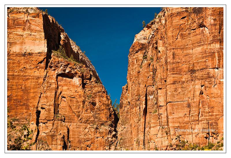 Towering Cliffs of Zion Canyon, Southwest Utah, USA    Photo-ID Utah-0079
