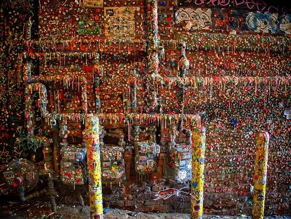 Monday Morning Pike Place Gum Wall