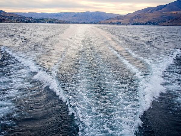 Lake Chelan to Stehkin & back