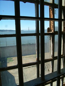 Alcatraz - Vista dalla sala mensa sul cortile di ricreazione 2004-03-02 at 20-03-49
