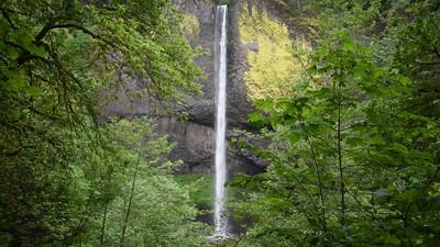 Video: Latourell Falls
