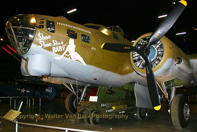 USAF_Museum_WPAFB_Boeing_B-17G_Flying Fortress_42-32076_20040514_102_0266_WVB