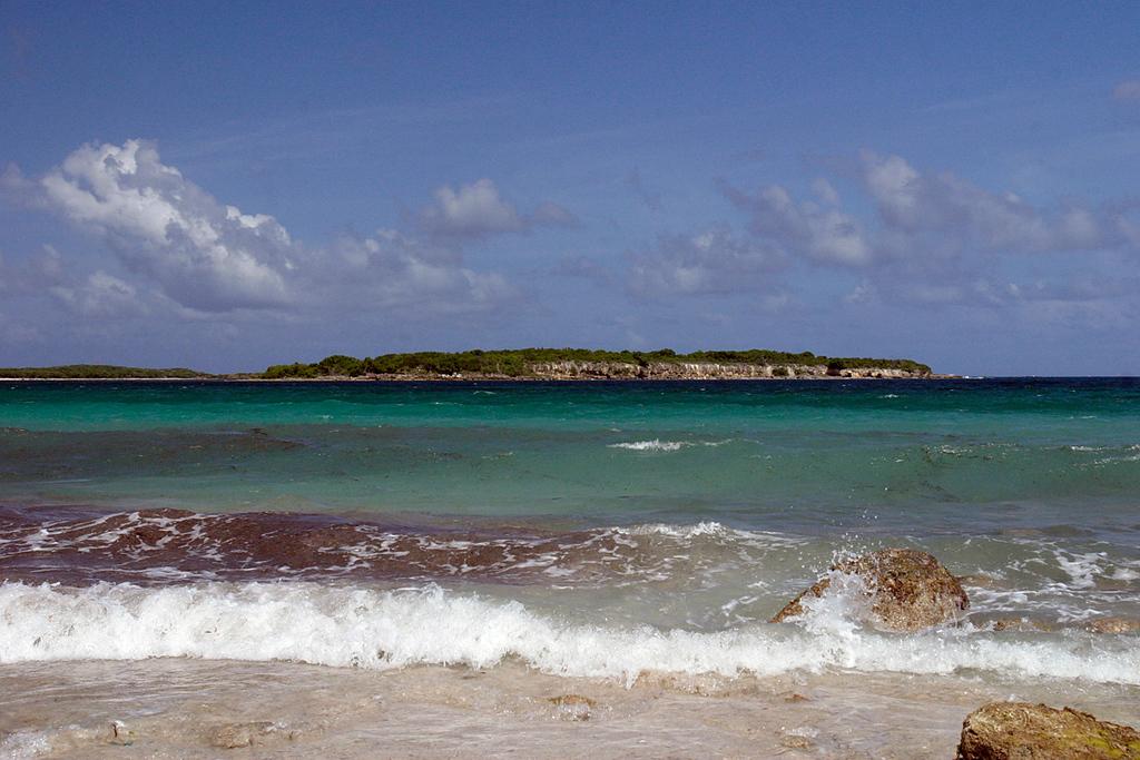 Playa de la Chiva, Vieques, Puerto Rico