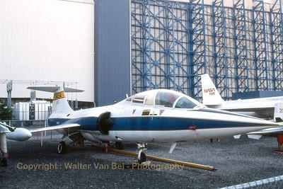 NASA_TF-104G_N825NA_cn583F-5939_Moffett_Ames_Nov-1997_scan2_WVB_1200px