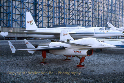 USAF_HiMAT-RPRV871_Moffett_Ames_Nov-1997_scan_WVB_1200px