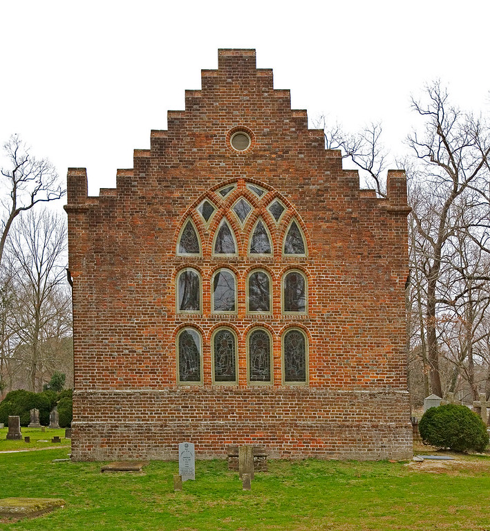 Benn's Church (Saint Lukes's, claimed to be the oldest brick structure in the USA. Rear view.