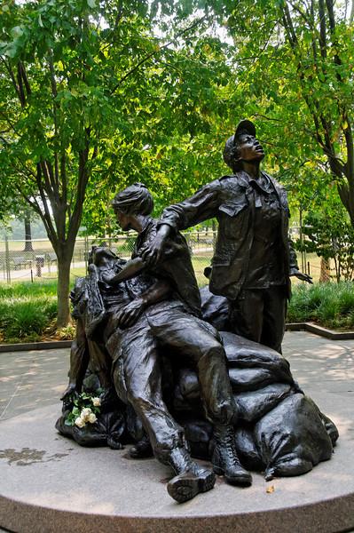Vietnam Memorial to Women's Contribution to Health Care<br /> Washington, Estados Unidos