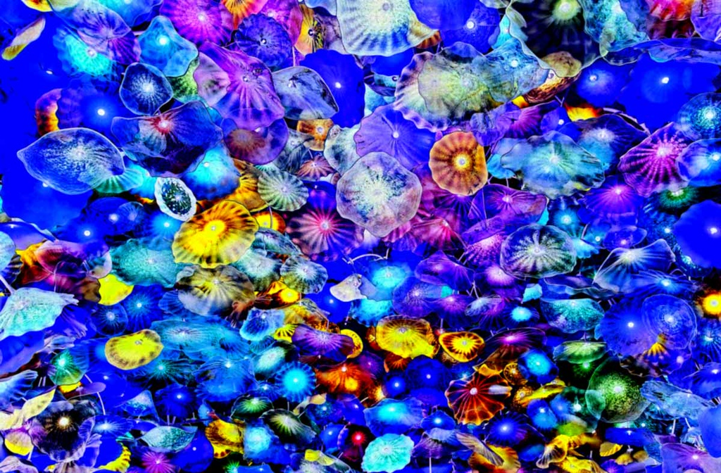 Ceiling glass decorations inside the Bellagio.