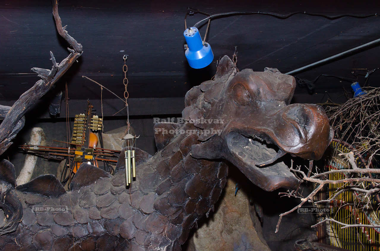 Dragon in the House on the Rock